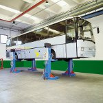 Electro hydraulic lifts 955 Airport Vehicles Maintenance